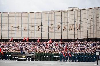 В Краснодаре прошел Парад Победы и акция «Бессмертный полк»
