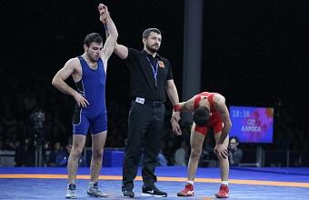 Кубанцы завоевали три золота на чемпионата России по греко-римской борьбе