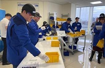 Кондратьев посетил учебную площадку «Фабрика процессов» в Краснодаре