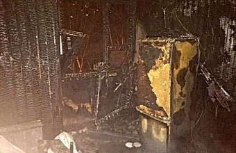 В Сочи при пожаре в квартире многоэтажки погиб 79-летний мужчина