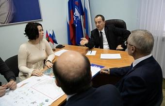 На Кубани спикер ЗСК провел прием граждан