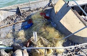 В Азовском море задержали судно с гражданами Украины на борту