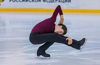 Краевые соревнования по фигурному катанию проходят в Сочи