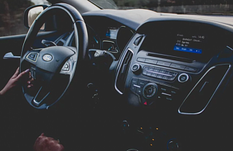 Транспортный налог на старые автомобили в России планируют повысить