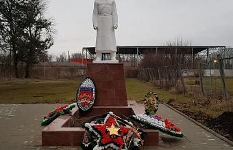 Реконструкция воинского захоронения завершена в поселке Агроном Динского района