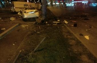 В Краснодаре в ДТП погибли водитель и пассажир иномарки