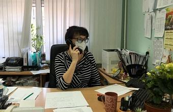 На горячие линии Прикубанского округа Краснодара поступили около 30 тыс. звонков