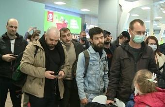 В Краснодаре в обсерватор направили еще троих прилетевших пассажиров