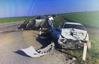 В Брюховецком районе в ДТП погиб водитель легковушки