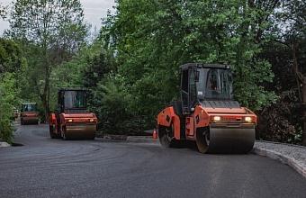 В Сочи в рамках нацпроекта заканчивают ремонт улицы Дмитриевой
