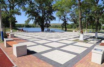 Второй этап благоустройства городского парка начался в Армавире