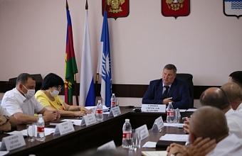 В Геленджике обсудили организацию активного отдыха туристов в крае