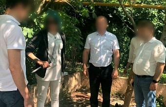 Жительница Геленджика убила знакомого ударом ножа в бедро