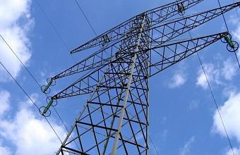 В Краснодаре продолжают восстанавливать электроснабжение