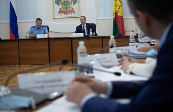 Кубанские депутаты на встрече с прокурором обсудили развитие систем водоотведения