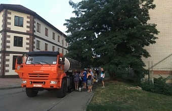 В Школьном микрорайоне Краснодара дезинфицируют водозабор и сети водоснабжения