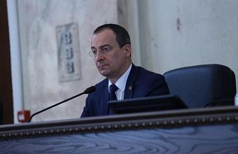 Спикер ЗСК  Юрий Бурлачко рассказал об итогах парламентского года