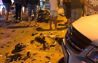 В Анапе в ДТП попал автомобиль такси, погибли двое