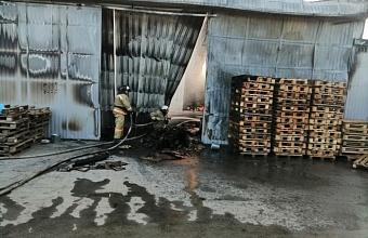 В Северском районе произошел пожар на складе