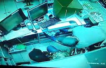 В Краснодаре задержали подозреваемых в десяти кражах из торговых точек