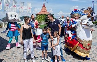 В Сочи встретили миллионного туриста