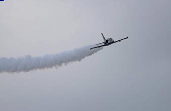 На Кубани во время тренировочного полета упал самолет Л-39