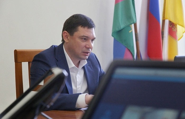 Глава Краснодара Евгений Первышов отказался от мандата депутата гордумы