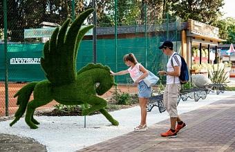 Малые архитектурные формы украсили парк «Ривьера» в Сочи