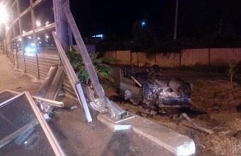 В Сочи иномарка врезалась в ВАЗ-21099, пострадал ребенок