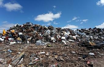 В Сочи будут судить шесть человек за мошенничество с мусором