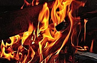 В Полтавском районе загорелся мусор