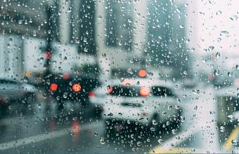 Экстренное предупреждение о ливнях с грозами объявлено на Кубани