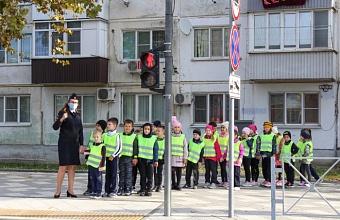 Госавтоинспекция Краснодара проводит профилактическую акцию «Внимание, дети!»