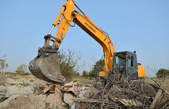 Мэр Краснодара проверил ликвидацию стихийных свалок в пос. Индустриальном