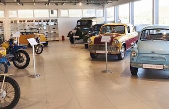 Музей ретро-автомобилей открылся в Новороссийске