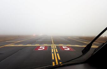 Из-за тумана в аэропорту Краснодара не смог приземлиться самолет