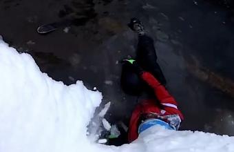 В Сочи на видео попало падение лыжника с 8-метровой высоты