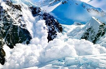В горах Кубани сохраняется вероятность схода лавин