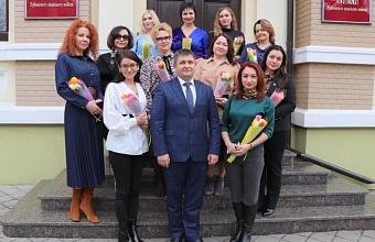 Атаман Кубанского казачьего войска в преддверии 8 марта встретился с представительницами краевых СМИ