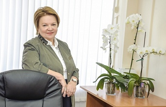 Любовь Попова: «Женщинам присуще умение объединять вокруг себя позитивные силы»