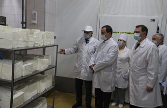 Юрий Бурлачко во время визита в Абинский район оценил перспективы развития муниципалитета