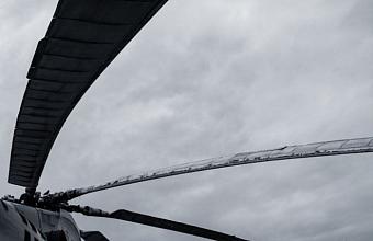 Вертолет Ми-2 совершил жесткую посадку на Кубани