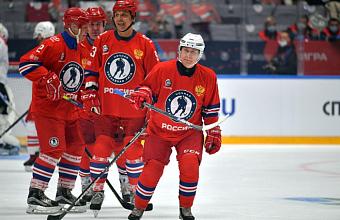 Владимир Путин принял участие в гала-матче Ночной хоккейной лиги в Сочи