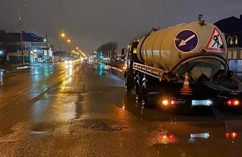Ночной ливень в Краснодаре подтопил 14 улиц