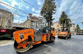 В Сочи до конца года по нацпроекту обновят 23 улицы