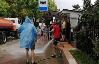 Последствия сильного дождя в Лазаревском районе Сочи ликвидировали за час
