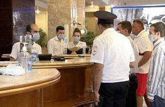 В Сочи проверили около 300 отелей на соблюдение действующих правил заселения