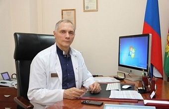 Главврач самого большого на Юге России ковидного госпиталя Сергей Габриэль рассказал о голосовании в «красной зоне»