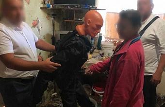 На Кубани пьяная женщина зарезала сожителя в ответ на оскорбления