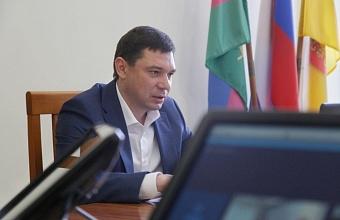 Евгений Первышов пока не планирует переезжать в Москву
